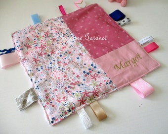 Birth * taggy blanket in cotton and Liberty Adeladja rose - custom