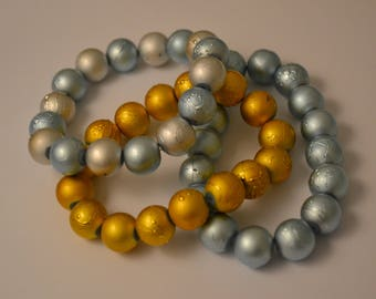 Beautiful Pearlised Stretchy Textured 12mm Bead Bracelet