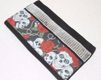 Porte-chéquier noir motifs Tête de mort mexicaine calavera rouge fleurs, sequins noirs