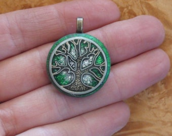 Silver Green Tree of Life Soul-Antenna Crystal Ormus Orgone Energy Pendant Necklace 25mm Unisex Moldavite Labradorite Apophyllite Quartz