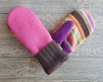 Best Wool Sweater Mittens // Womens Sweater Mittens // Fleece Lined mittens // Pink and Brown