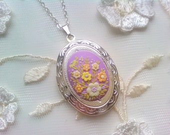 Handmade Lilac Flowers Locket, Polymer Clay Pendant, Birthday Gift for Her, Photo Locket Necklace, Valentines gift
