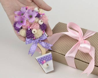 Cute gift magnet for her Ultra Violet decor for kitchen Fridge magnet Birthday gift for sister Ideas for her Purple white magnet for woman