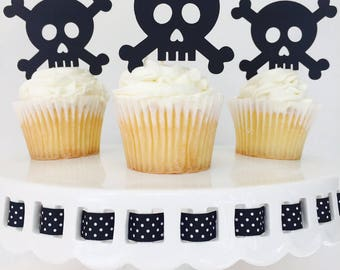 12 Skull and Crossbones Cupcake Toppers - Halloween - Halloween Party - Scary - Party Decorations -  Party Supplies - October - Glitter