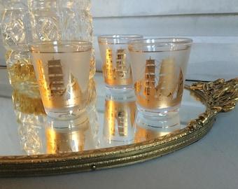 Set of Three Vintage Gold  Shot Glasses / Culver Colden Clipper Shot Glasses / Vintage Barware