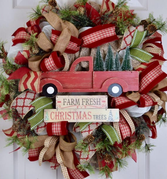 Christmas Tree Truck Burlap and Mesh Wreath with Pine Branches and Pine Cones; Red Green Beige Winter Holiday Wreath; Christmas Wreath Decor