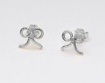 Silver Stud Earrings, post earrings, Earlobe jewelry, Helix earring stud, 20 gauge cartilage earring studs, Cartilage piercing
