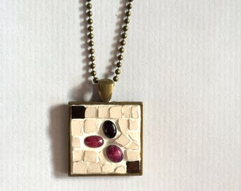 VINTAGE NECKLACE old bronze - square pendant with mosaic creation ivory, amethyst and Indian rubies