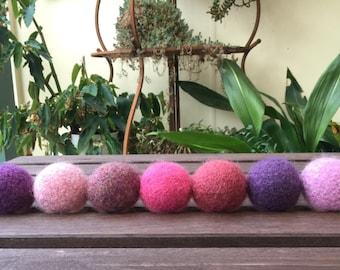 Felted Wool Balls / Pinks & Purples / Kids Balls  / Juggling Balls - set of 7