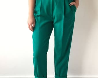 Vintage size medium green high waisted pleated pants winter gift 90s trendy casual preppy wool classic pockets boyish streetwear trousers