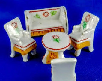 Occupied Japan Miniature Furniture