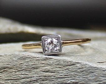 Vintage 18CT Gold Art Deco Diamond Engagement Ring