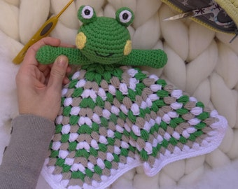 Children's crochet attachment blanket/crochet with handmade frog for babies