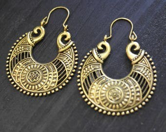 Brass hoop earrings, brass tribal earrings,brass earrings, native earrings, brass tribal, tribal carved, tribal carved brass
