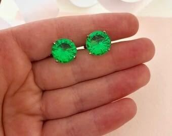 Emerald Green Earrings - Green Earrings - Screw Back Earrings - Earrings - Clip on Earrings - 1930s Earrings - Vintage Earrings - Antique