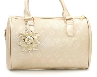 Genuine Leather Flower Bag Charm, Ivory Beige Rose Bag Clip, Real Leather Purse Charm, Flower Bag Clip, Key chain Clasp Handbag Zipper Charm