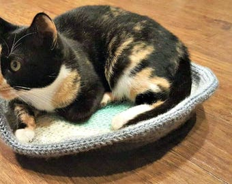 Ombre crochet cat bed, knit kitty nap nest