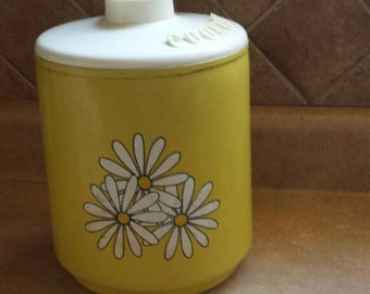 Retro Mustard yellow Daisy cookie tin.