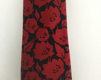 Pierre Cardin Vintage Tie - Red flowers