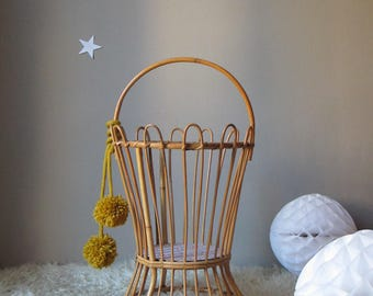 worker rattan vintage, furniture arrangement for children