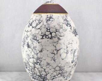 Classic Bubbleglazed Thin Necked Vase