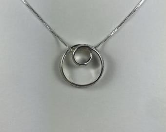Vintage Petite Engraved 925 Sterling Silver Double Open Halo Pendant Necklace
