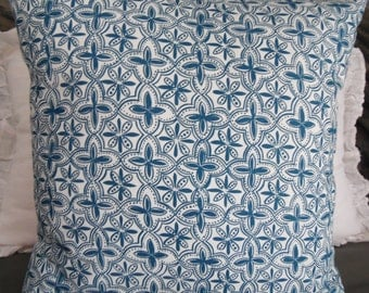 4 COLORS:Quartrefoil Black/Natural.Blue.Red.White.Slub.Linen Look. Holiday.Pillow Covers.Farmhouse.Country.Slip Covers.Pillow Cover