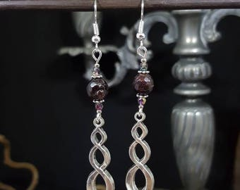 Red Celtic - beads - Garnet - Celtic - elegant - earrings drop - Elvish - Valentine's day