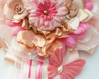 Baby Shower Corsage Personalized Pin   Mommy To Be Pink/White