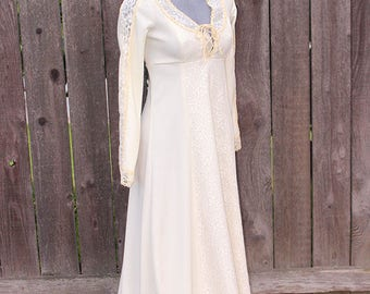 Womens Vintage Formal Dress, Victorian Style Long Dress, Evening Gown, Wedding Dress, Costume Dress, Handmade, Ivory w/ Lace, Size Small