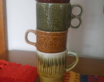 4 Vintage & Stackable Japanese Mugs from the 1970's