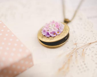 Lavender Flower photo locket photo frame personalized memory locket personalized photo flower necklace Miniature flowers Locket jewelry