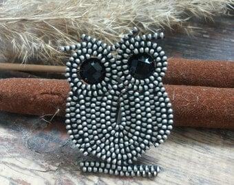 Owl brooch pin Bird brooch Owl Brooch Owl pin Zipper jewelry Owl jewelry Owl collection Zipper brooch Owl gift Bag brooch Industrial jewelry