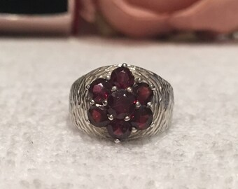Gorgeous Vintage Sterling Silver CLUSTER Ring-Central Bohemian GARNET Surrounded by 6 More Garnets-WIDE Textured Band-Uk Size M -Us Size 6