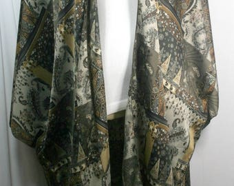 Plus size kimono style cardigan, shamoz silk, beautiful checks or quilt print, brown or blue or green, size 2X-4X