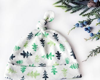 Baby Top Knot Hat, Christmas Hat Newborn Hospital Hat, Babys 1st Christmas, Organic Baby Clothes, Christmas Tree, First Christmas Hat, 0-3 M