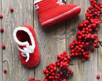 Red Baby mocassins Baby reveal box Baby moccasins Baby uggs Baby moccs Loafer booties Baby loafer shoes Baby sandals Soft sole baby shoes