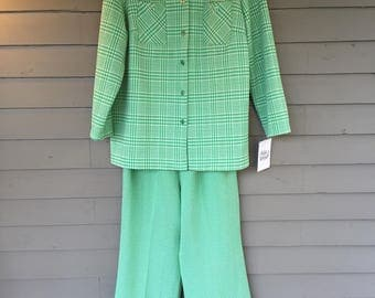 1970's Green and White Plaid Leisure Suit | Elastic Waist Straight Leg | Size Large