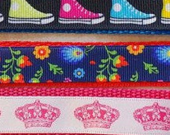PAGE UNDER CONSTRUCTION! Medium Dog Collar, Floral, Music, Cartoons, Crowns, Hearts, High Tops, Polka Dots, Plaid, Tiaras