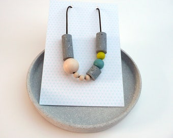 Geometric graphic beads, grey, turquoise , greenish yellow, funky chunky beads, speckled pattern, handmade beads, statement necklace,