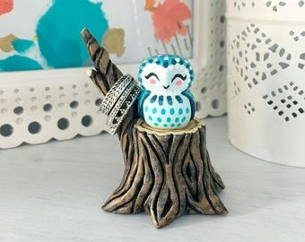 Owl on Stump Figurine / Ring Holder