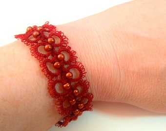 Red tatting lace bracelet / / tatted jewelry / / made in France