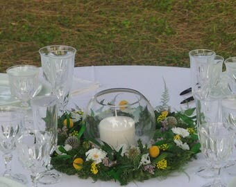 Center table country wreath, wreath for decorating tables, deco wedding trend 2018, wedding floral composition