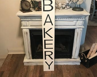 """Vertical bakery sign 