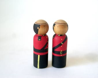 Canadian Mountie Peg Doll, Canada Souvenir, Peg Dolls, Cake Topper, Peg People, Gifts for Boy, Wooden Peg, Figurine, Canadian Mountie