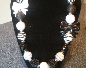 Black and White Chunky Bead, Bubblegum Bead Necklace