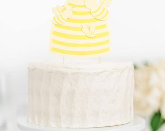 Bee and hive cake topper