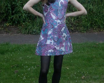 Hand made vintage dress/ 60's Paisley print dress/ Size UK 8-10 US 6-8 EUR 34-36