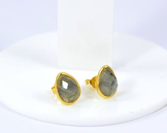 Labradorite pear shape studs , gold plating stud, , pear shape studs , custom gift , Labradorite  jewelry , grey color stud,tiny stud
