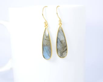 labradorite earring,labradorite dangle earring .labradorite pear shape earring ,labradorite long earring,gold plating earring,birthday gift